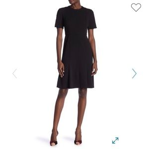 Donna Morgan Short Sleeve Crepe Fit & Flare Dress